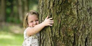 silvoterapia_abbracciare_alberi-300x150